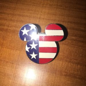 Epcot Disney World American Flag Mickey Pin